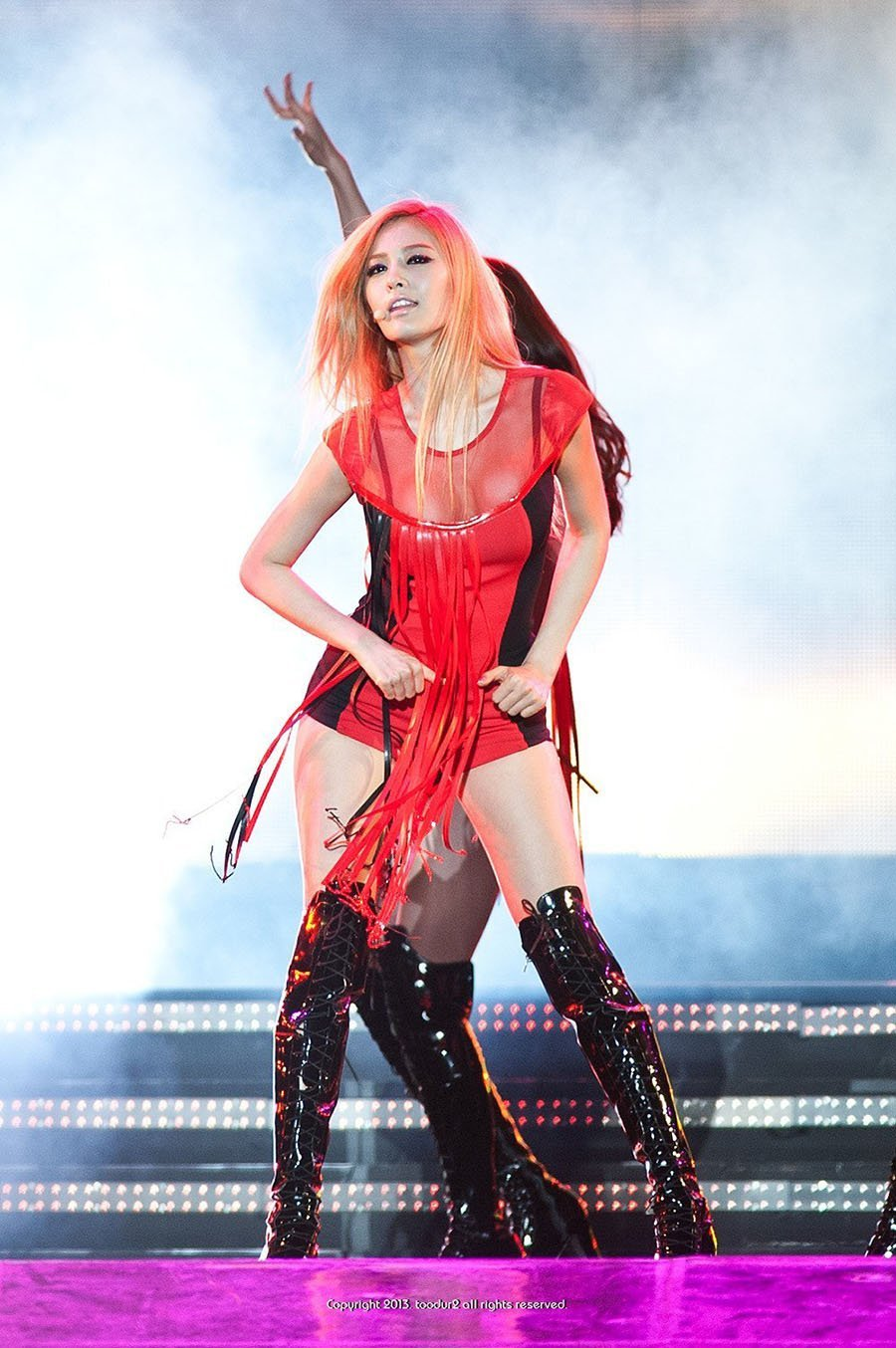 nana-hot-red-outfit-2