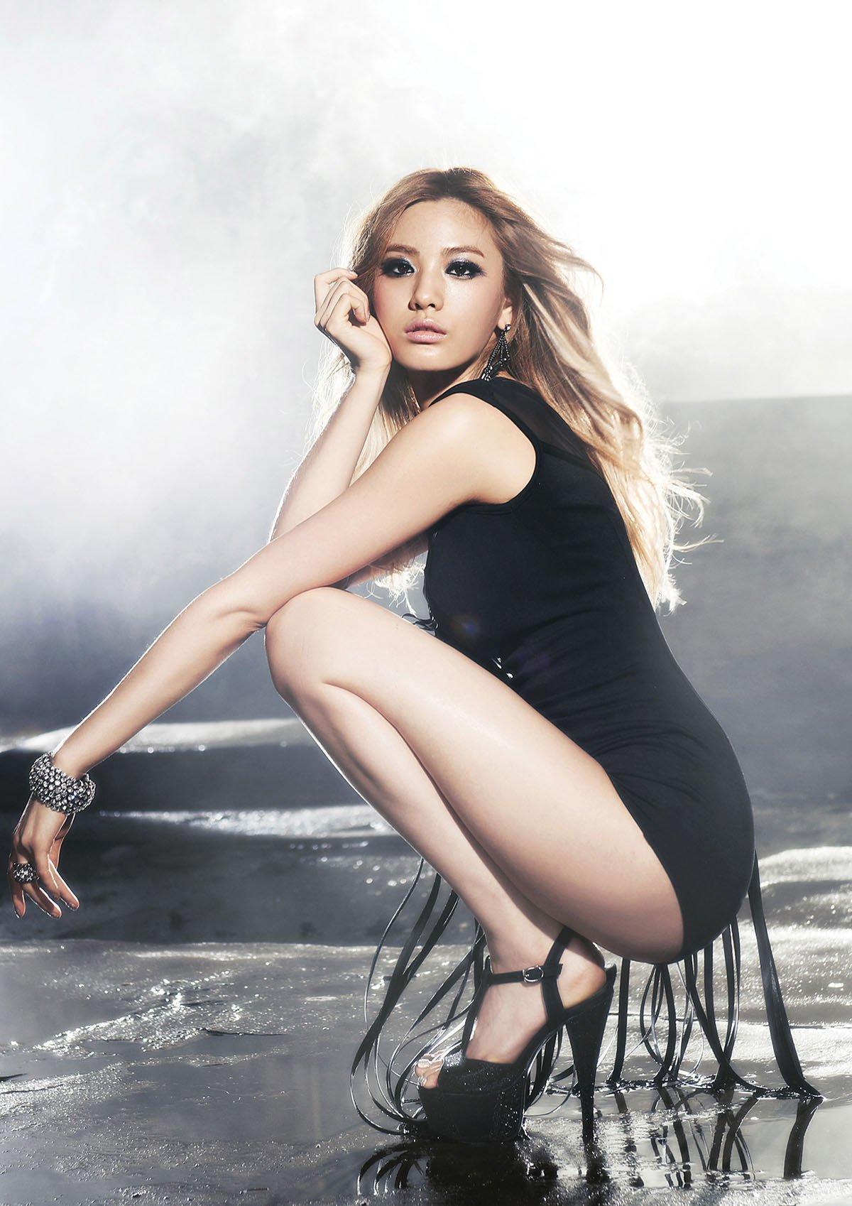 nana-sexy-black-high-heels