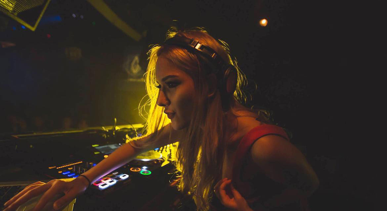 Jade Rasif Singapore Hottest Female DJ 2019