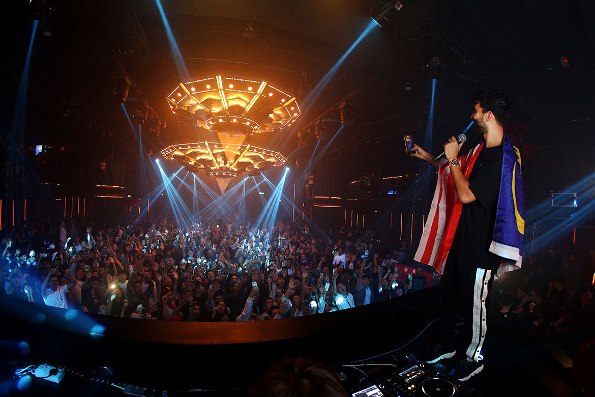 R3HAB performing at the Grand Opening of Zouk Genting