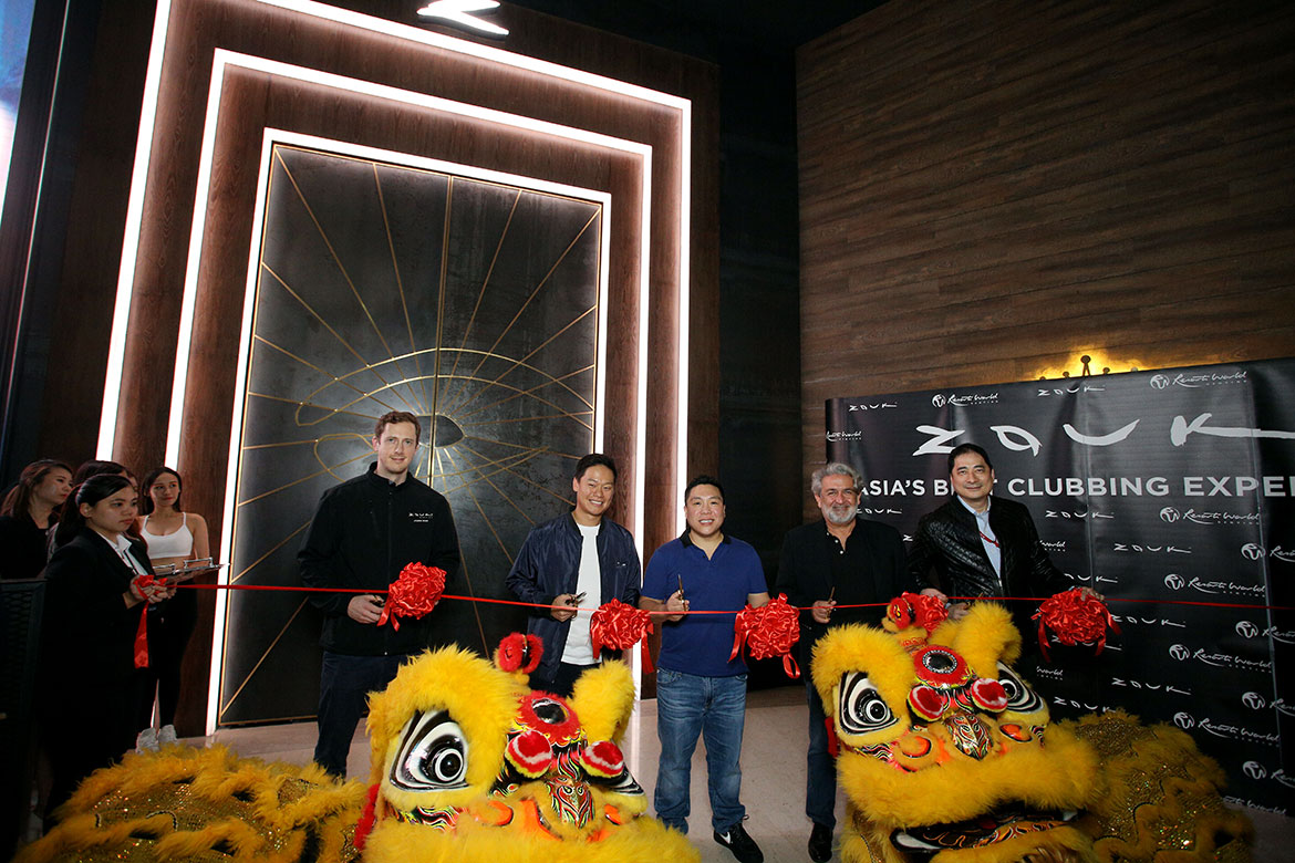 The ribbon cutting at the Grand Opening of Zouk Genting