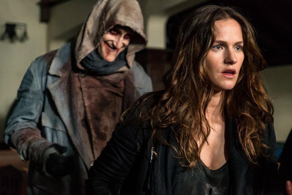 Best Netflix TV Shows 2020 - Van Helsing Netflix