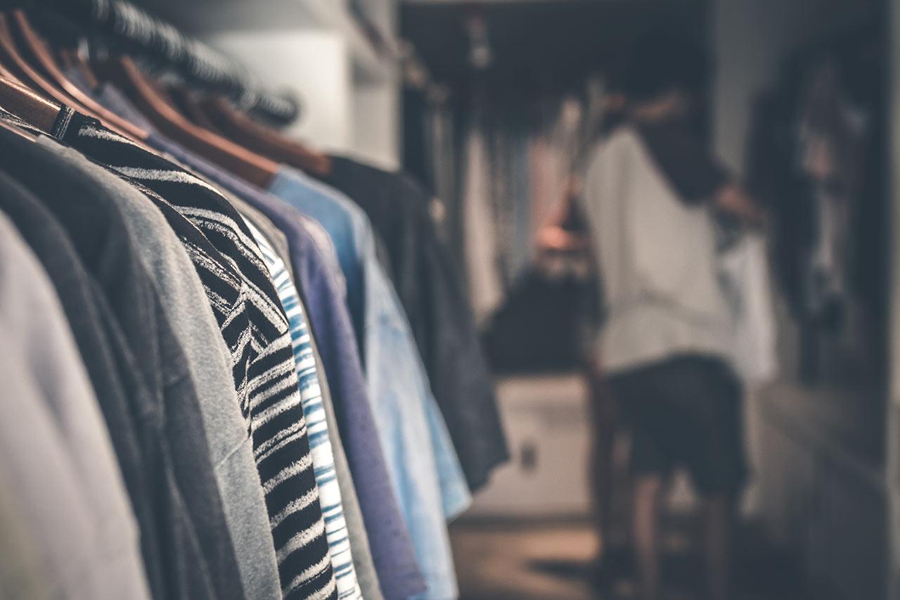 Garage Sales - Selling Used Items During Coronavirus Pandemic